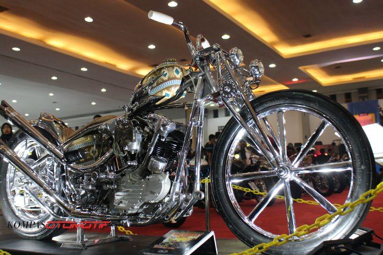 Falcon, Harley-Davidson Knucklehead garapan Queenlekha siap berkompetisi di Yokohama.