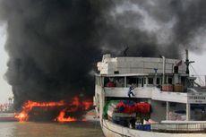 Kapal Bermuatan Pupuk yang Terbakar, Sandar Sejak Sebelum Lebaran