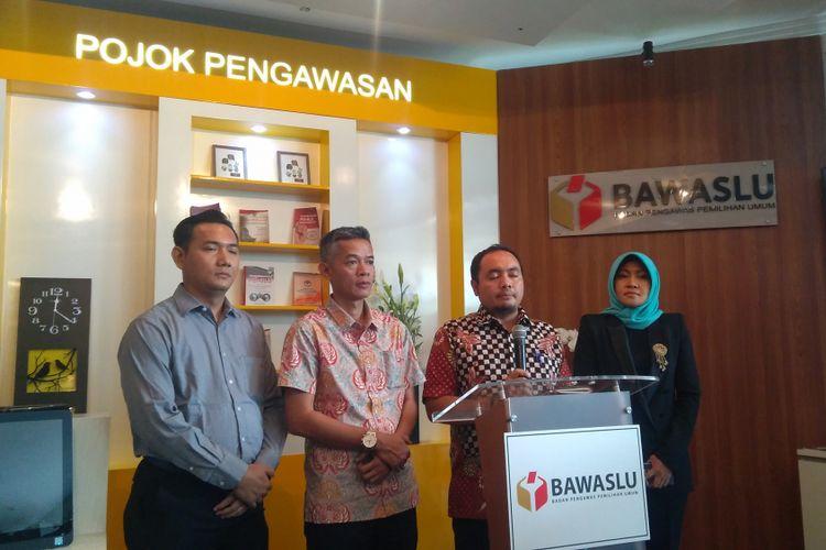 Badan Pengawas Pemilihan Umum (Bawaslu), Komisi Pemilihan Umum (KPU), Komisi Penyiaran Indonesia (KPI) dan Dewan Pers akan membentuk gugus tugas pengawasan pemberitaan dan iklan kampanye di seluruh platform media, Jakarta, Rabu (10/1/2018).