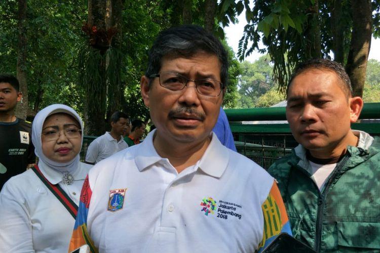Wali Kota Jakarta Selatan Marullah Matali di Taman Margasatwa Ragunan, Jakarta Selatan, Jumat (20/7/2018).