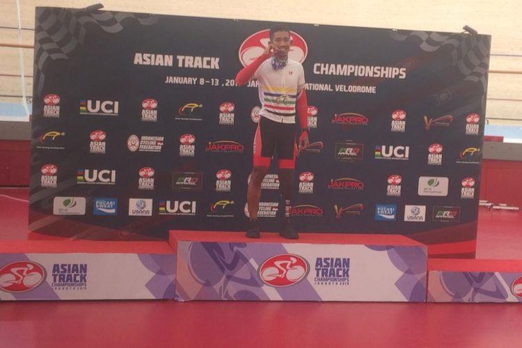 Atlet balap sepeda Indonesia, Muhammad Fadli Immammuddin, meraih medali emas Asian Track Championships 2019 untuk kategori paracycling nomor individual pursuit putra, di Jakarta International Velodrome, Rawamangun, Kamis (10/1/2019).