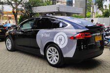 Pakai Taksi Listrik, Tidak Perlu Takut Mogok di Jalan