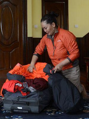 Lhakpa Sherpa (44), menjadi perempuan yang paling banyak menaklukkan puncak Everest.