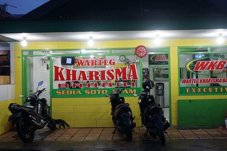 Tampak Depan Warteg Kharisma Bahari jalan Haji Batong Raya, kelurahan Cilandak Barat, Jakarta Selatan, pada Selasa (23/10/2018) malam.