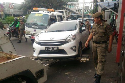 Parkir Liar, 2.382 Mobil di Jakarta Barat Diderek