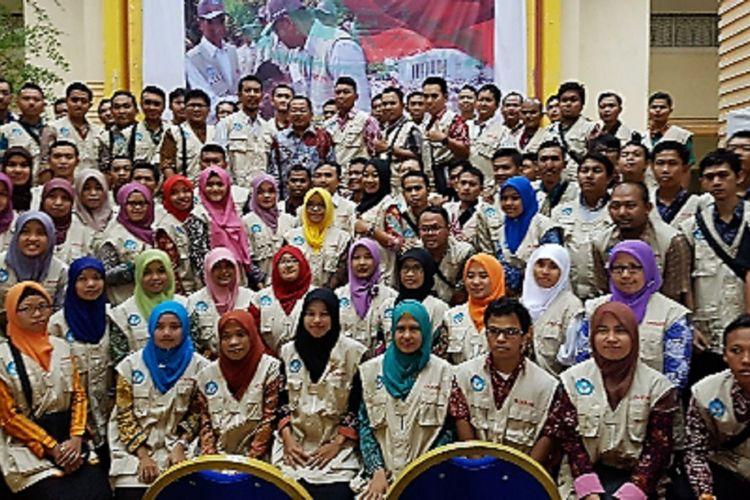 Guru Garis Depan dilepas secara simbolis oleh Mendikbud Muhadjir Effendy pada medio September 2017