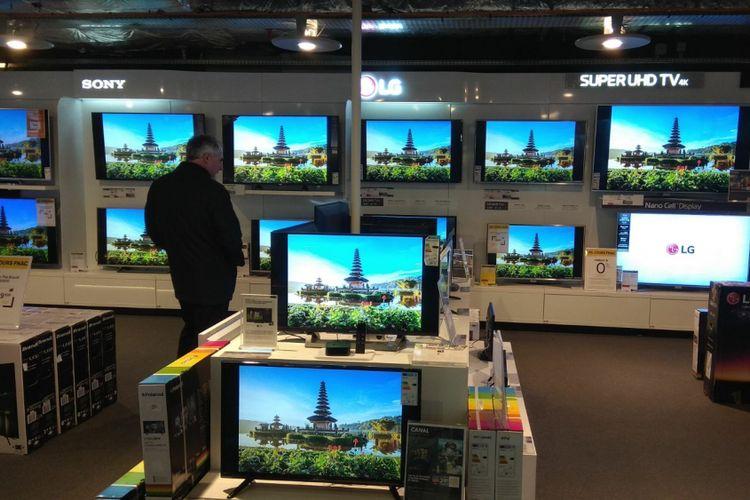 Cuplikasn video pariwisata Indonesia hadir di toko eketronik FNAC di Perancis.
