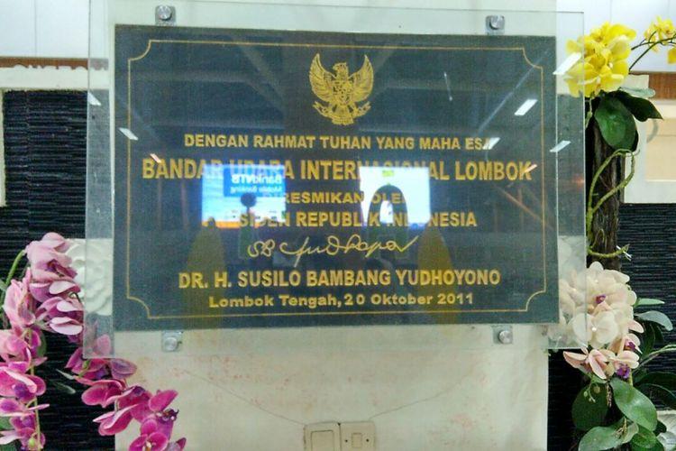 Prasasti di Bandara Internasional Lombok