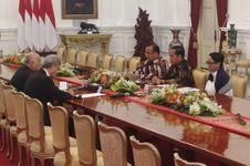 Bertemu Komite Olimpiade Palestina, Jokowi Singgung Kekalahan Timnas
