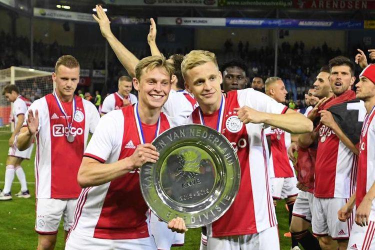 Ajax Amsterdam menjuarai Eredivisie musim 2018-2019 setelah mengalahkan De Graafschap, Kamis (16/5/2019) dini hari WIB.