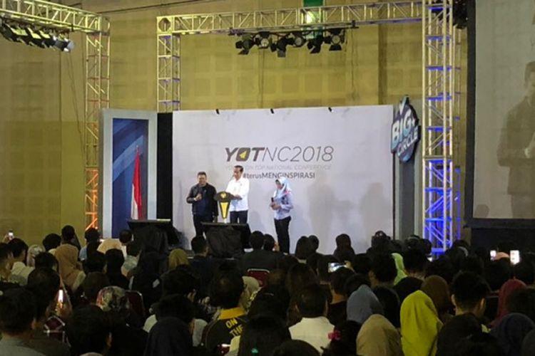 Presiden RI Joko Widodo saat berbicara di depan sekitar 1.000 orang peserta Young on Top National Conference 2018 di Balai Kartini, Jakarta Selatan, Sabtu (25/8/2018),