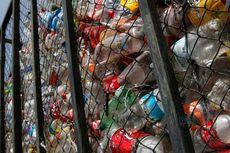 Arsitek Rancang Rumah Terapung dari Sampah Plastik