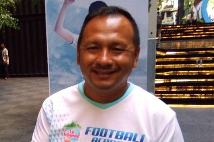 Pelatih profesional sepak bola Indonesia Ricky Nelson, Selasa (6/11/2018). Menurutnya, PSSI membuat kurikulum pembinaan pemain muda untuk 10 tahun ke depan.