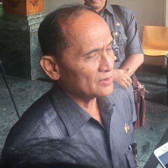 Ketua Tim Pelaksana KKIP Laksmanana purn TNI Soemardjono usai pertemuan, di Kantor Kemenko Polhukam, Jakarta, Kamis (8/2/2018).