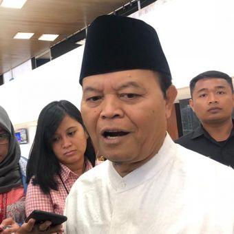Wakil Ketua Majelis Syuro PKS Hidayat Nur Wahiddi kompleks parlemen, Jumat (16/11/2018).