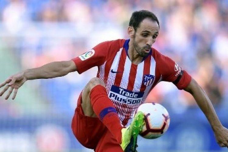 Juanfran memutuskan untuk tidak memperpanjang kontraknya di Atletico Madrid.