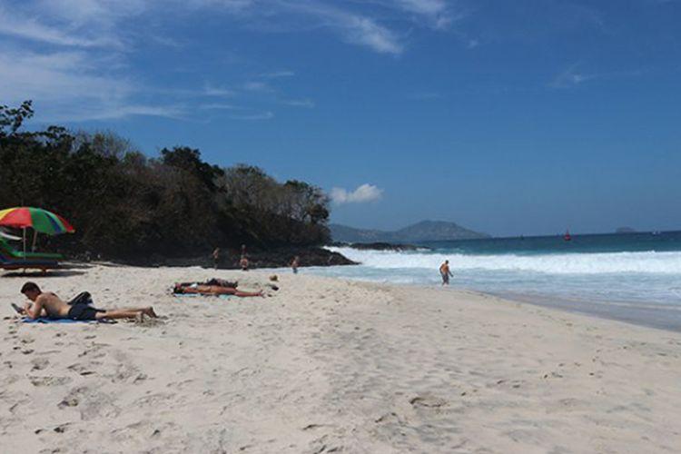 Pantai Bias Tugel di Karangasem, Bali.