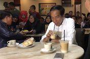 Jokowi Ngopi Bareng Relawan di Dumai