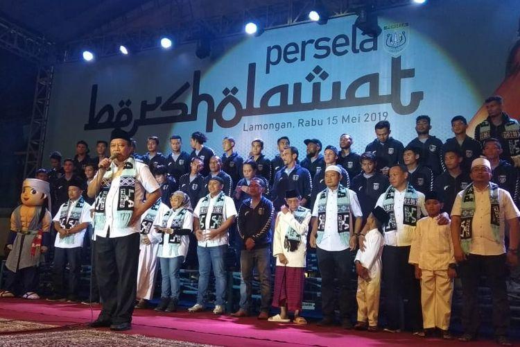 Suasana launching skuad Persela Lamongan yang akan bertanding di kompetisi Liga 1 musim ini.