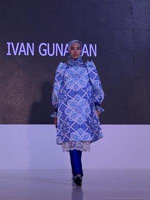 Busana muslim rancangan Ivan Gunawan.