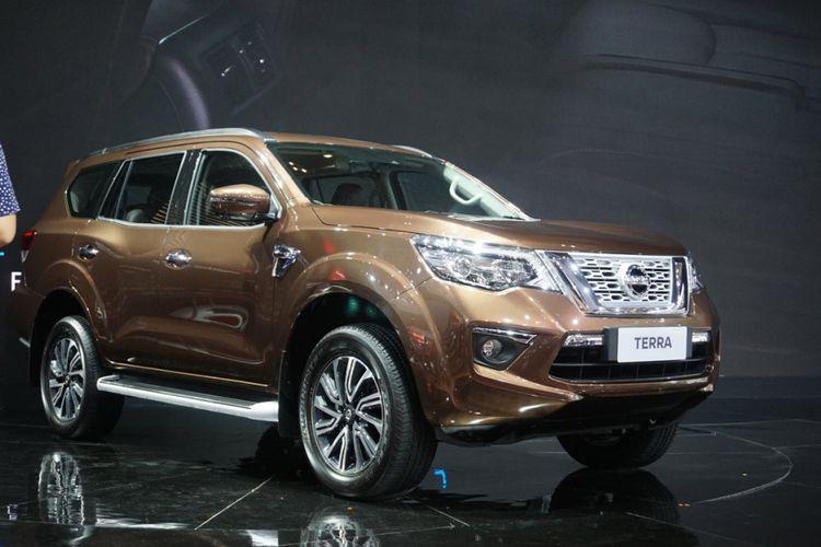 Beragam kendaraan terbaru di pameran GIIAS 2018. Pameran ini akan diselenggarakan mulai 2 Agustus hingga 12 Agustus 2018. Nissan memperkenalkan Terra di Indonesia