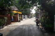 Banjir Surut, Warga Cakung Timur Sibuk Bersihkan Rumah