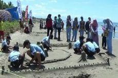 Tumbuhkan Kreativitas dan Imajinasi, Ratusan Anak Diajak Berkarya Gunakan Pasir Pantai