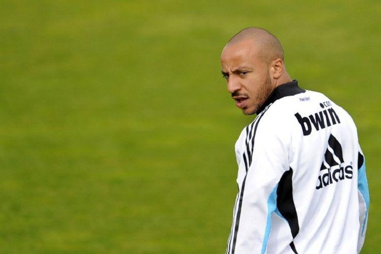 Gelandang asal Perancis, Julien Faubert, saat menjalani sesi latihan bersama Real Madrid, 30 April 2009.