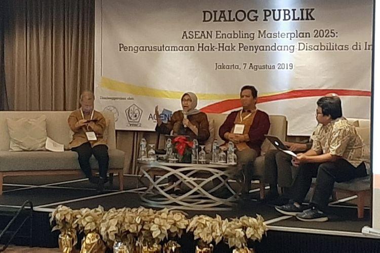 Dialog Publik bertema ASEAN Enabling Masterplan 2025, Pengarusutamaan Hak-hak Penyandang Disabilitas di Indonesia, Rabu (7/8/2019) di Jakarta.