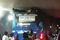 Cerita di Balik Viral Remaja Terjepit di Atap Bus Transjabodetabek
