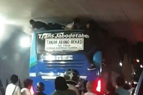 4 Fakta di Balik Viral Video Bocah Hampir Terjepit di Atap Bus Transjabodetabek