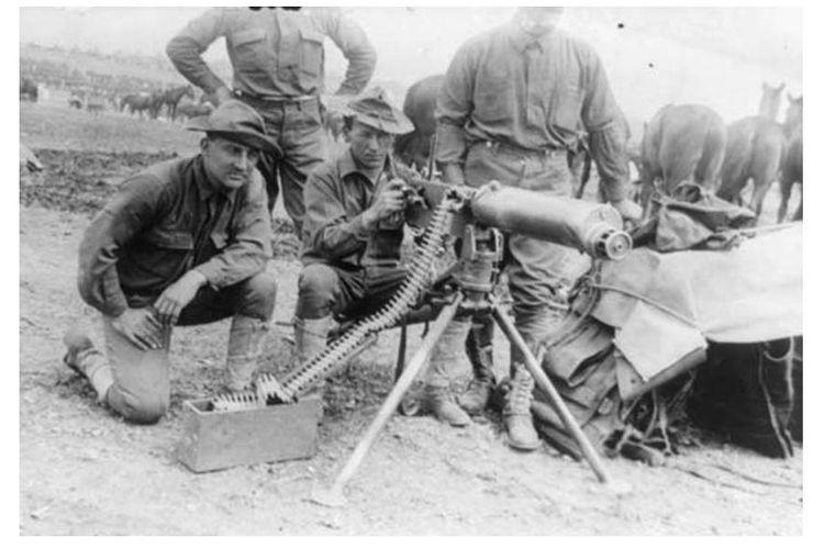 Senapan Maxim yang digunakan pada Perang Dunia I