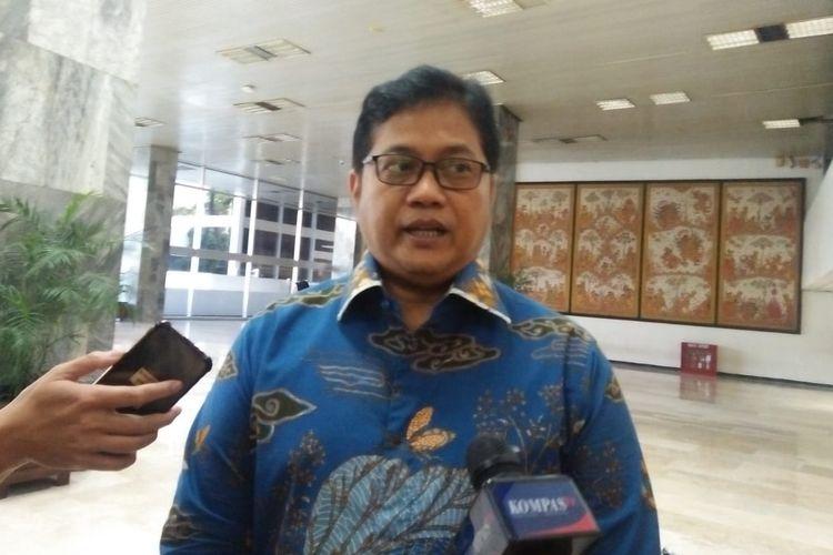 Wakil Ketua Umum PAN, Viva Yoga Mauladi di Kompleks Parlemen, Senayan, Jakarta, Selasa (16/7/2019)