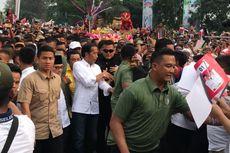 Hadiri Kampanye di Dumai, Jokowi dan Iriana Jalan Kaki 1 Kilometer