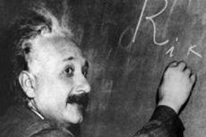 Hari Ini dalam Sejarah: Albert Einstein Lahir