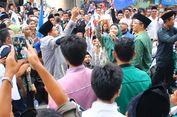 Daftar ke KPU, Paslon Zul-Rohmi Selfie dengan Massa Pendukung