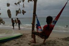 Pantai Pandanan di Lombok, Surga Para Pelancong