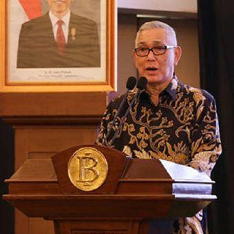 Wakil Presiden Republik Indonesia ke-6, Jenderal TNI (Purn) Try Sutrisno.