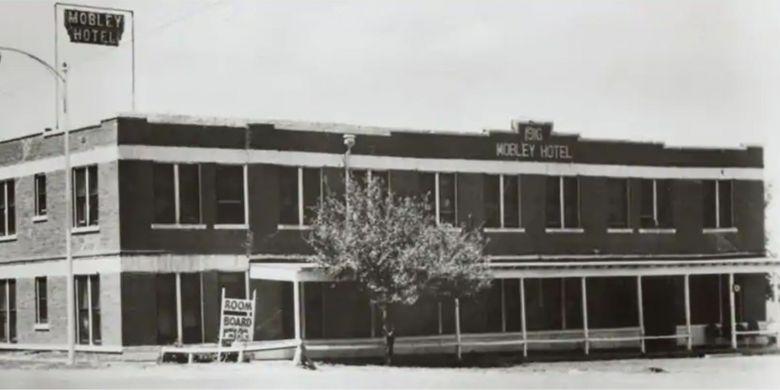Mobley Hotel, hotel pertama yang dibeli Conrad Hilton.