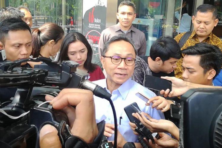 Ketua MPR Zulkifli Hasan telah diperiksa di Komisi Pemberantasan Korupsi (KPK). Zulkifli diperiksa sebagai saksi dalam kasus dugaan suap pengadaan barang dan jasa di Pemerintahan Kabupaten Lampung Selatan Tahun Anggaran 2018.