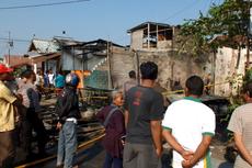 Pasar Semin Gunungkidul Kebakaran, 8 Kios Terbakar