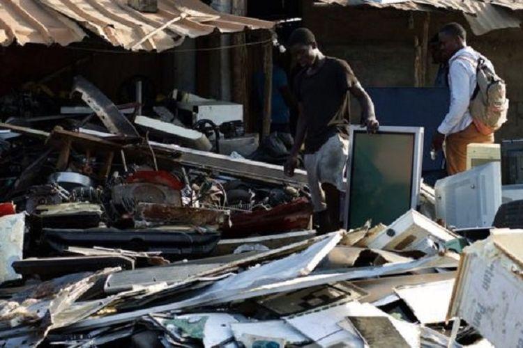 Timbunan sampah elektronik di Togo, Afrika Barat