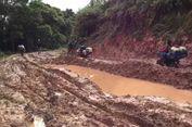 Viral, Ojek Termahal Lintasi Lumpur di Kecamatan Seko