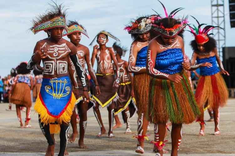 Tarian selamat datang asal Papua.