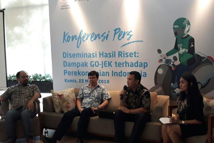 Konferensi pers hasil riset Dampak Go-Jek terhadap Perekonomian Indonesia di Jakarta, Kamis (22/3/2018).
