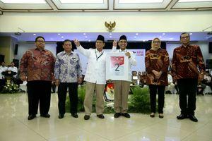 Dulu Dipakai Jokowi-JK, Kini Salam 'Dua Jari' Diteriakkan Gerindra