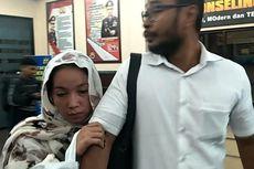 Tengah Malam Ibunda Jefri Nichol Datangi Polres Jakarta Selatan