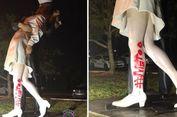 Patung Ciuman Berakhirnya Perang Dunia II Dicoreti Tulisan #MeToo