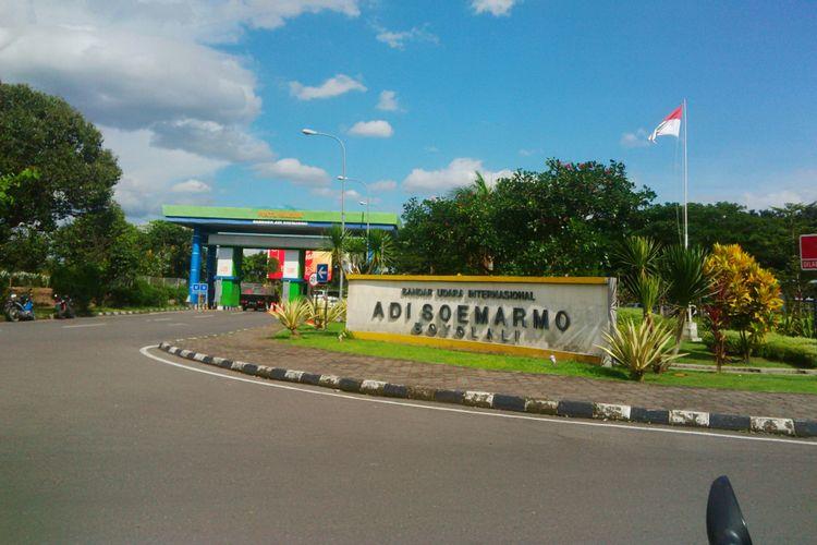 Bandara Adi Soemarmo Solo di Boyolali, Jawa Tengah.