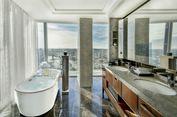 5 Hotel dengan Pemandangan Kamar Mandi Menakjubkan, Bikin Betah!